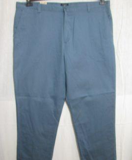Pantalon doc marime 44  DOCKERS